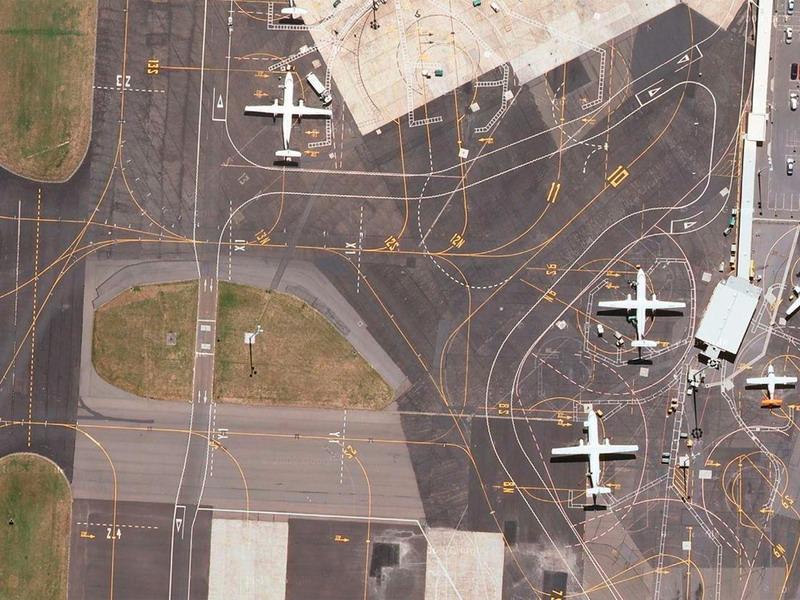 Скрытая красота взлётных полос аэродромов и как её расшифровать